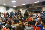 aü'den cnn'ciyi kızdıran öğrencilere soruşturma